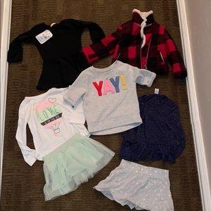Toddler Girls 7 Piece Set 24months & 2T Like New